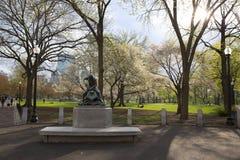 Jardin public de Boston avec les premiers signes du ressort Photo libre de droits