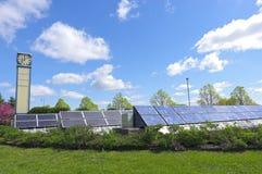 Jardin solaire à la station de transit Photos libres de droits