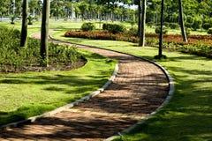 Jardin tranquille, un paradis sur terre. Photo libre de droits