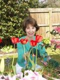 Jardinage aîné de femme Images libres de droits