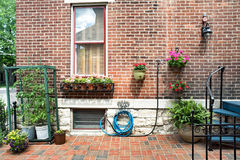 Jardinage urbain de récipient photo stock