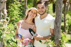 Jardinagem nova da família Fotos de Stock Royalty Free