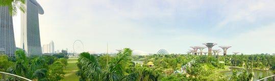 Jardine pela areia da baía e da baía do porto em singapore Foto de Stock