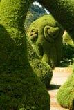 Arbustos y setos arreglados en formas fotografía de archivo
