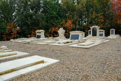 Jardines conmemorativos en el cementerio Foto de archivo libre de regalías