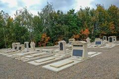 Jardines conmemorativos en el cementerio Fotografía de archivo
