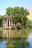 Jardines de Borghese del chalet Fotos de archivo libres de regalías