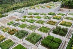 Jardines de flores imagenes de archivo