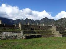 Jardines de la cascada en Machu Picchu Foto de archivo libre de regalías