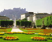 Jardines de Mirabell, Salzburg Fotos de archivo libres de regalías