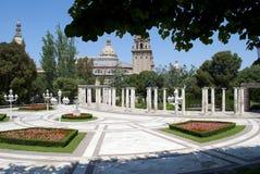 Jardines del palacio de Albéniz situado en la montaña de Montjuic en la ciudad de Barcelona fotografía de archivo libre de regalías