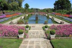 Jardines del palacio de Kensington Fotos de archivo libres de regalías