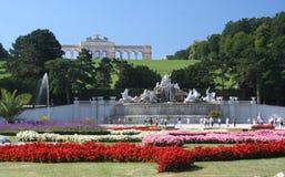 Jardines del palacio de Schonbrum Imágenes de archivo libres de regalías