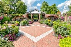Jardines en los jardines botánicos de Chicago, los E.E.U.U. del patio imágenes de archivo libres de regalías