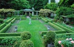 Jardines en parque del hatley Imágenes de archivo libres de regalías