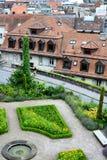 Jardines y catedral de la opinión de la ciudad de Notre Dame Fotografía de archivo