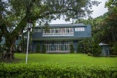 Jardines y estrado de la orquesta de la residencia de Taipei Shilin imágenes de archivo libres de regalías
