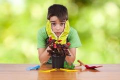 Jardinier d'enfant image stock