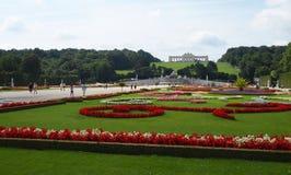 Jardins de château de Schonbrunn Image libre de droits