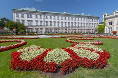Jardins de Mirabell e palácio de Mirabell, Salzburg Áustria fotografia de stock
