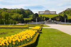 Jardins de palais de Schonbrunn et Gloriette, Autriche images stock