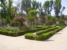 Jardins de Sabatini no Madri, Royal Palace foto de stock royalty free