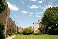Jardins do castelo Foto de Stock Royalty Free