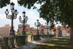 Jardins e ruas da Bolonha imagens de stock royalty free