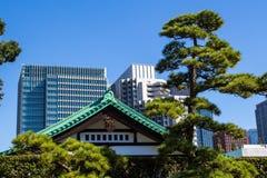 Jardins est de palais impérial à Tokyo, Japon images stock