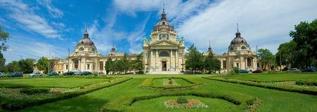 Jardins et château à Budapest, Hongrie Images libres de droits