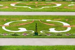 Jardins formais do palácio Imagens de Stock Royalty Free