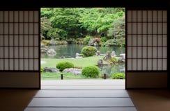 Jardín japonés en Kyoto, Japón Foto de archivo libre de regalías