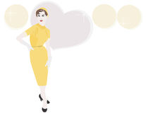 jaren '50 Vrouw in Geel met Hoed Royalty-vrije Stock Afbeelding