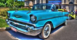 jaren '50 klassieke Amerikaanse convertibele Chevy Royalty-vrije Stock Fotografie