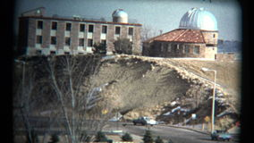 (jaren '60 8mm Wijnoogst) Denver Boulder Highway Driving Tour stock video