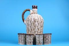 Jarra y vidrio de cerámica Imagen de archivo libre de regalías