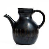 Jarro de cerámica negro israelí en estilo retro en blanco Fotos de archivo
