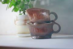 Jarro de leche de cerámica Fotografía de archivo libre de regalías