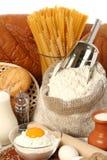 Jarro de leite, de açúcar e de farinha Fotografia de Stock