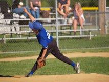 Jarro do basebol da liga júnior Fotografia de Stock Royalty Free
