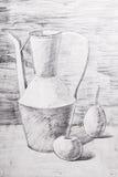 Jarro, manzana y pera dibujados con un lápiz Foto de archivo