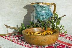 jarro y platillo Fotografía de archivo libre de regalías