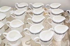 Jarros brancos da porcelana fotografia de stock
