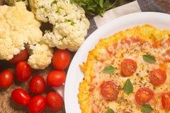 Jarska Kalafiorowa pizza obrazy royalty free