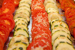 Jarski posiłek, pomidory i courgettes, Fotografia Stock