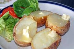 Jasje potatoe en salade Royalty-vrije Stock Fotografie