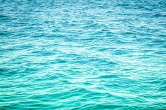 Jaskrawa Błękitna ocean woda obrazy royalty free