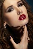 Jaskrawa portret dziewczyna. Makeup. Zakończenie up Fotografia Stock
