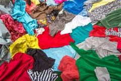 Jaskrawa upaćkana kolorowa odzież Zdjęcia Stock