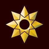 Jaskrawa złota gwiazda w poligonal stylu Obrazy Royalty Free